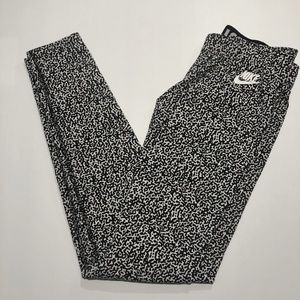 Nike Just Do It SZ Small Cheetah Black White Pant